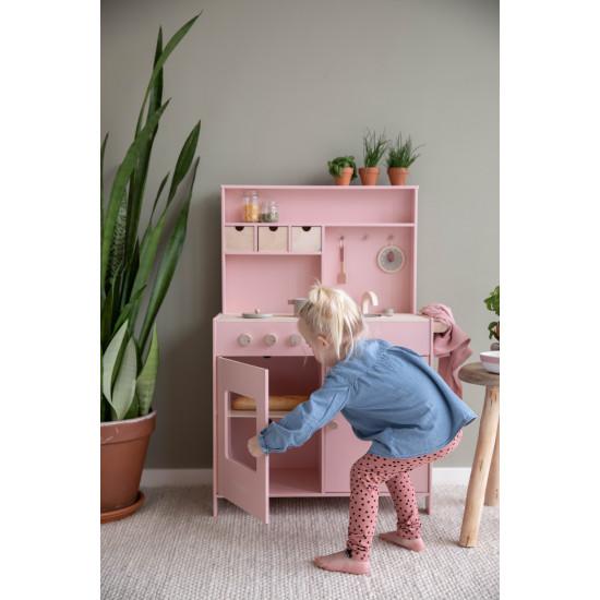 Dřevěná růžová kuchyňka